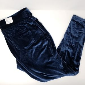 b48a84a7b071 NWT Time and Tru dark blue velour jeggings pants